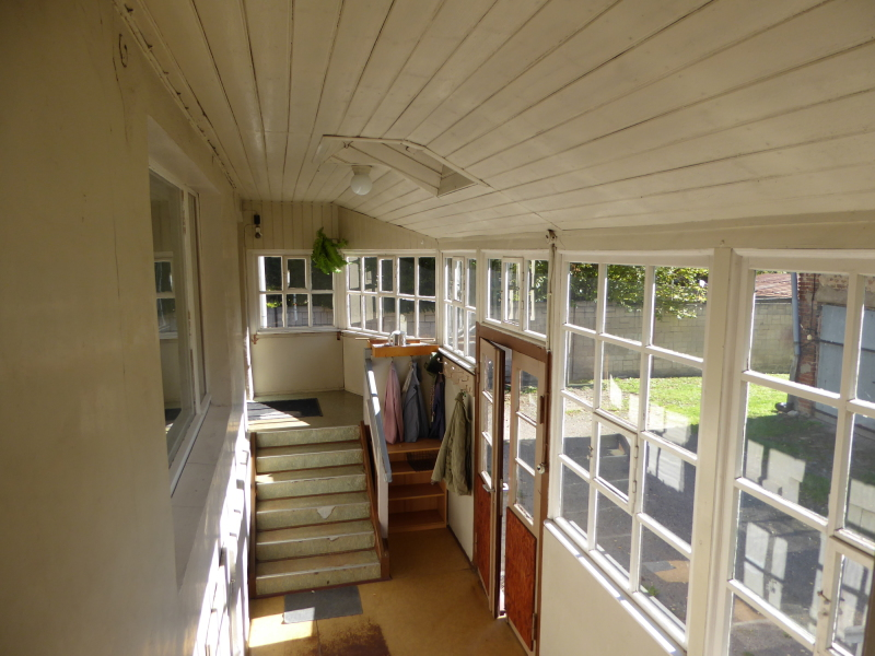 einfamilienhaus mit nebengelass in petershagen. Black Bedroom Furniture Sets. Home Design Ideas
